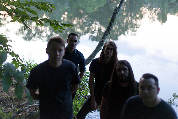 Pianos Become Teeth