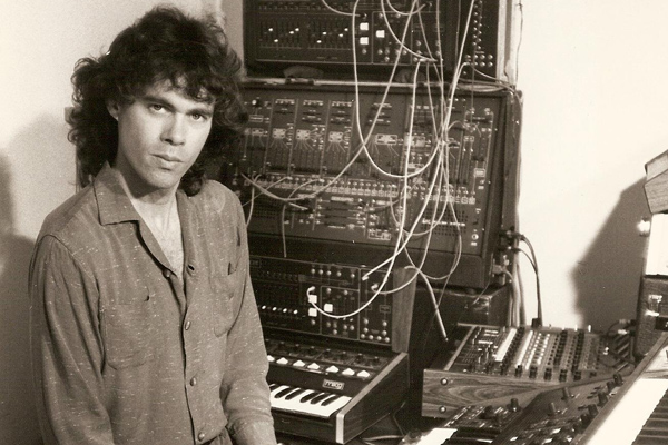 Steve Roach - Space And Time: An Introduction To The Soundworlds Of Steve Roach