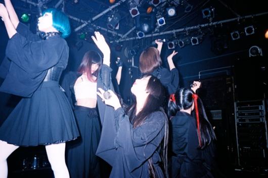 busty-teen-japanese-occult-teens