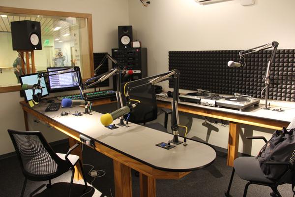 College Radio, KWVA