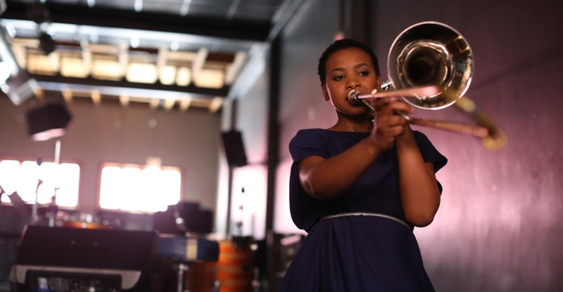 Siya Makuzeni, Jazz