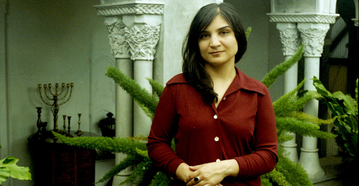 "On ""Gave In Rest,"" Sarah Davachi Explores Cathedral Music Through An"